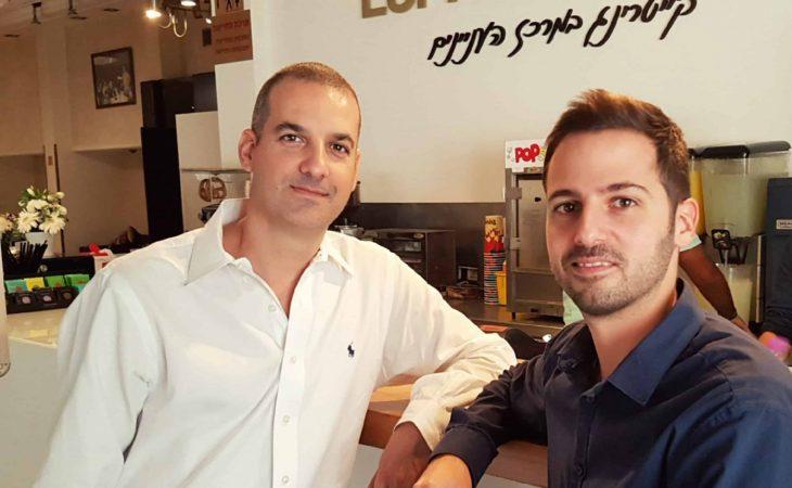 """קפה עם מנטור: ראיון עם יניב זייד – ד""""ר שכנוע"""